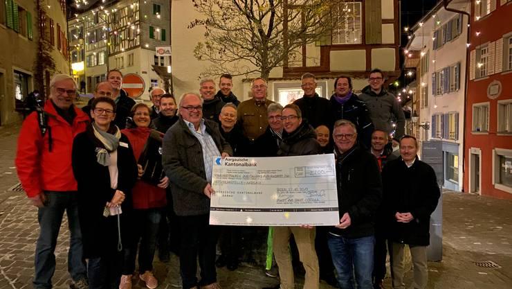 Fast ein Weihnachtsgeschenk: 2200 Franken gehen an den Verein Notschlafstelle Aargau