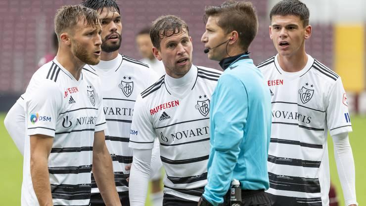 Impressionen von Spiel Servette gegen Basel