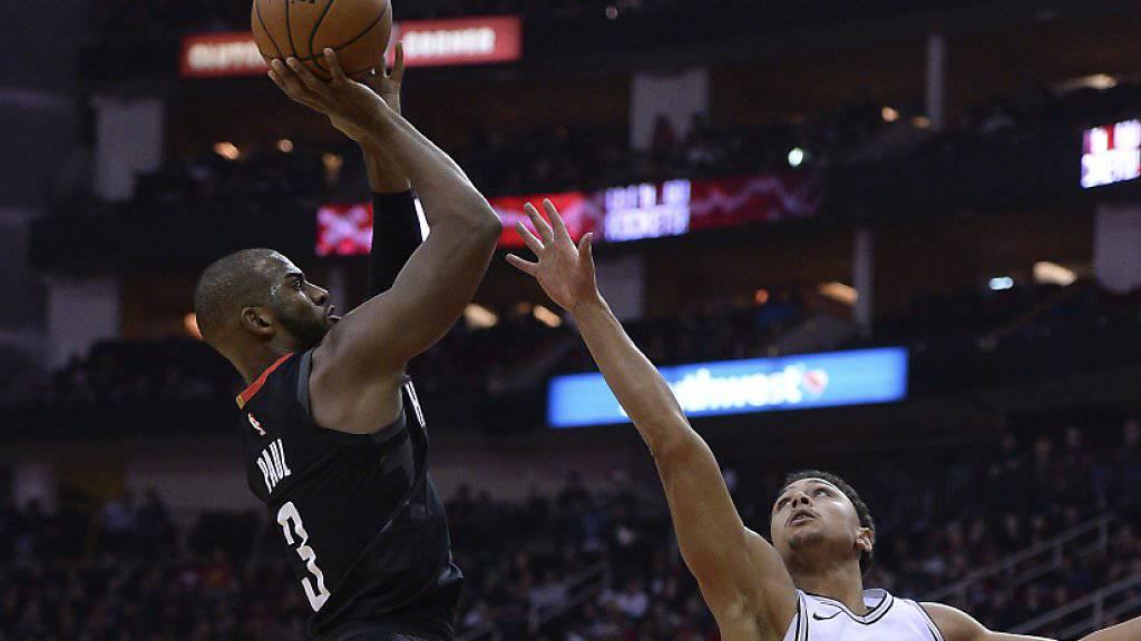 Gegen die San Antonio Spurs der überragende Spieler: Chris Paul von den Houston Rockets (links)