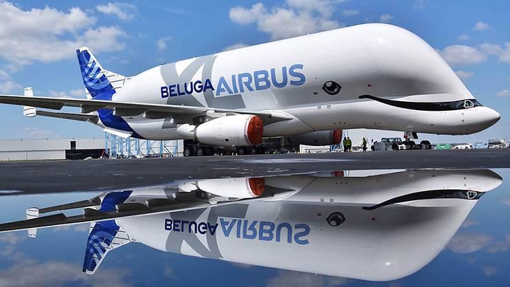 Airbus erwartet in den nächsten 20 Jahren eine weiter steigende Nachfrage nach Flugzeugen. (Archivbild)