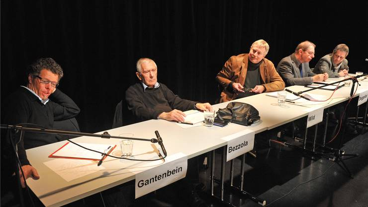 Es diskutierten (v.l.) Alain Gantenbein (Kantonales Kuratorium für Kulturförderung), Leonardo Bezzola (Fotograf), Gesprächsleiter Ueli Wild (stv. Chefredaktor Oltner Tagblatt), Kurt Deggeller (Direktor Memoriav) und Markus Schürpf (Fotohistoriker). Bruno kissling
