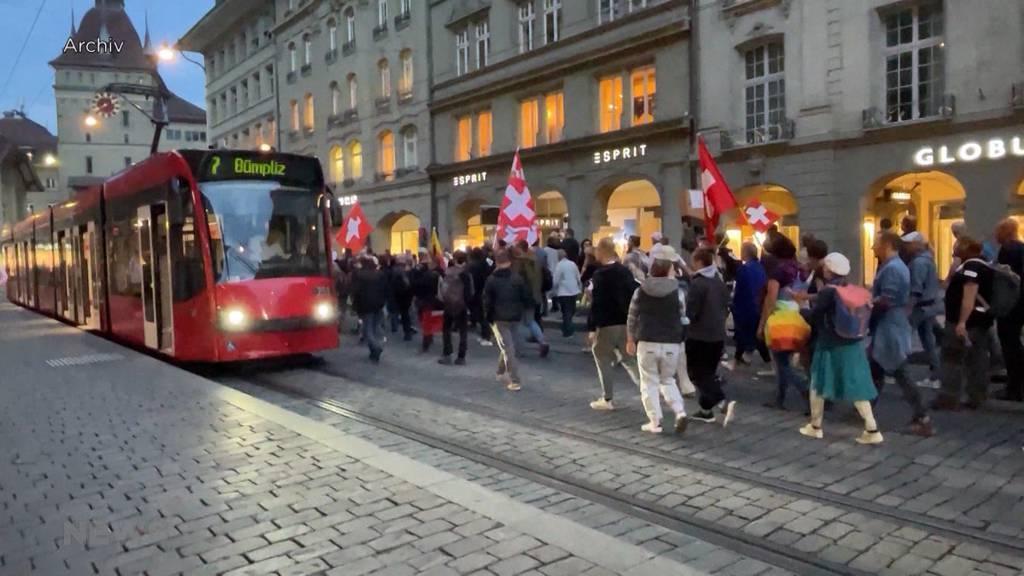 Wegen Massnahmen-Gegner-Demos leidet der Berner Abendverkauf