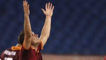 Roma-Stürmer Adem Ljajic feiert sein Tor zum 3:0-Endstand.