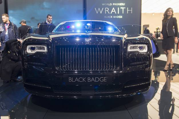 Hat was vom Batmobile, der neue Rolls Royce Wraith Black Badge.
