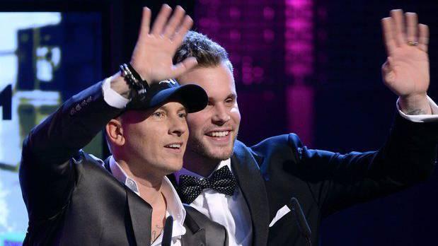 Remady und Manu-L gewinnen einen Swiss Music Awards Best Album Dance National.