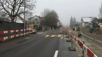 Die Sanierung der Kantonsstrasse ist bald fertig: Noch vor den Festtagen herrscht hier wieder freie Bahn.