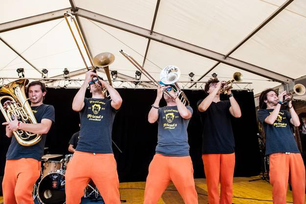 Pfistermen's Friends begeisterten das Publikum mit einem energiegeladenen Auftritt