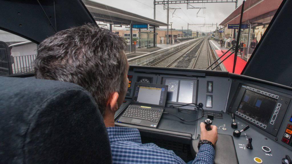 Haben die Lokführer bald ausgedient? Die SBB rechnet beim Bahnsystem mit einer starken Zunahme der Automatisierung (Archiv).