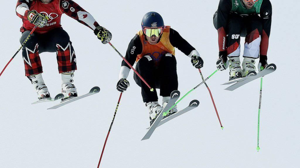 Marc Bischofberger (rechts) ist einer der Schweizer Trümpfe in der in Arosa beginnenden Weltcup-Saison der Skicrosser