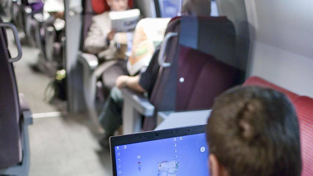 Bald schnelles Internet in den Fernverkehrszügen: SBB-Chef Andreas Meyer verspricht eine bessere Technologie als WLAN. (Symbolbild)