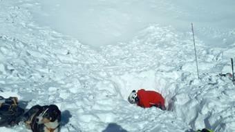 Die Lawine ging gegen 11.15 Uhr in der Region Lauchernalp im Wallis auf einer Höhe von 2700 Meter über Meer nieder.