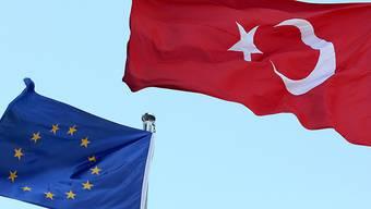 «Eigentlich müsste die EU die Beitrittsverhandlungen beenden, denn das Land erfüllt längst nicht mehr die Kopenhagener Kriterien, an die alle Beitrittskandidaten gebunden sind», sagt Gerd Höhler.