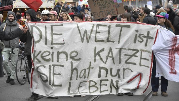 Die Basler SP möchte Topverdiener stärker besteuern – fürs Klima. (Archiv)
