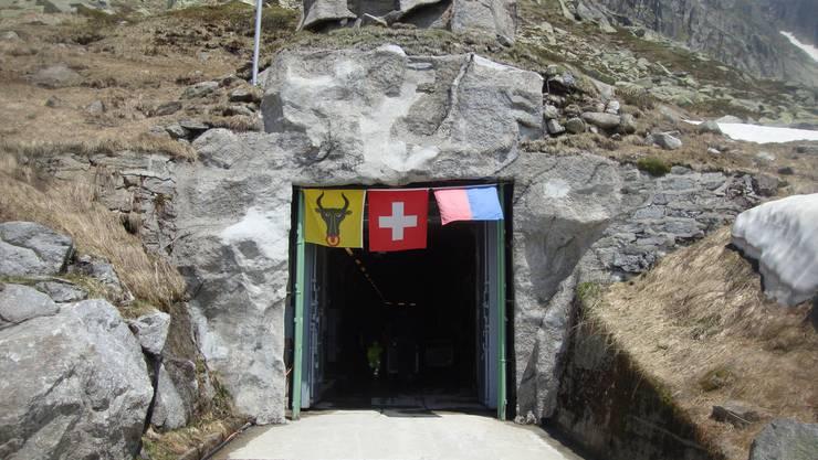 Eingangstor Sasso San Gottardo