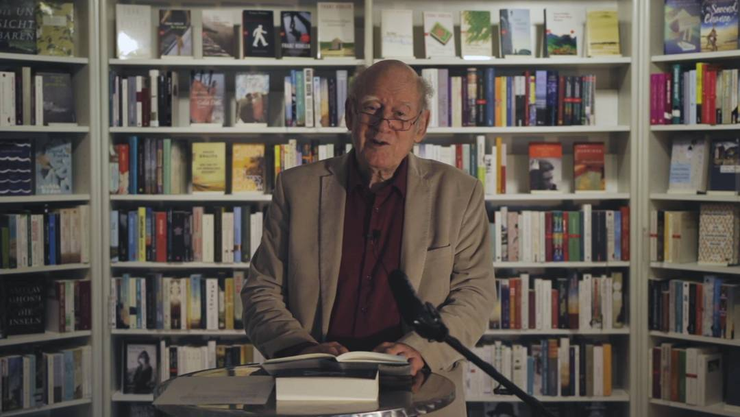 Franz Hohlers erste Lesung aus seinem neuen Buch musste ohne Publikum stattfinden – sehen Sie sie hier
