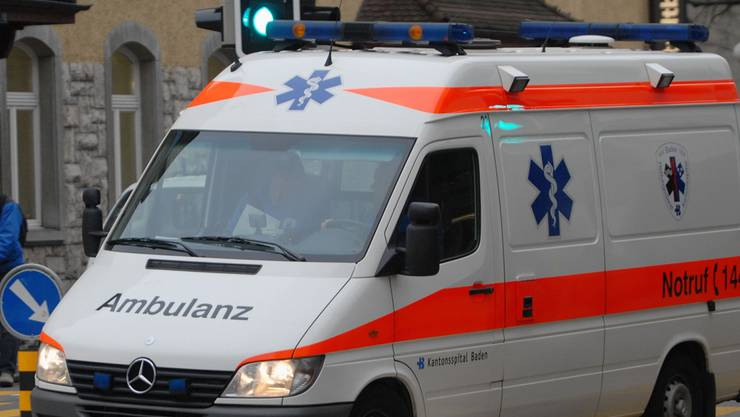 Die Ambulanz des Kantonsspitals Baden kam aus Aarau: 23 statt 3 Minuten nach Fislisbach. (Archiv)