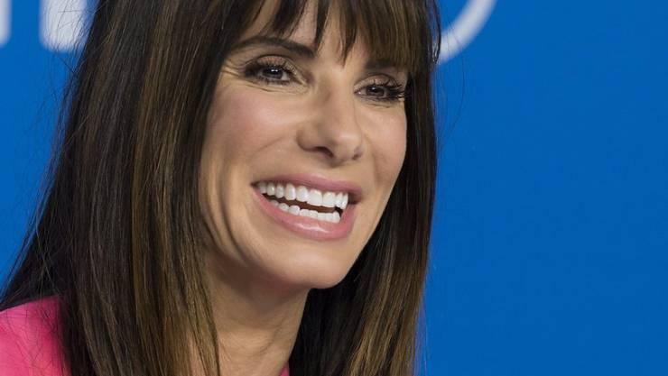 Schauspielerin Sandra Bullock unterstützt die Arbeit des Roten Kreuzes in Houston, Texas, mit einer Million Dollar. (Archivbild)
