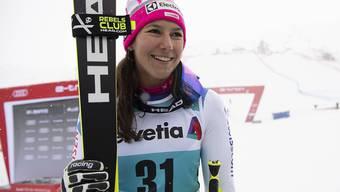 Wendy Holdener freut sich nach ihrem 3. Platz in St. Moritz