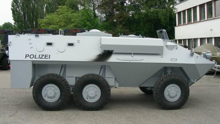 2004 konnte die Kantonspolizei Thurgau diesen Piranha – ein Vorführfahrzeug der Firma Mowag – günstig erwerben, nun wird er ausgemustert.