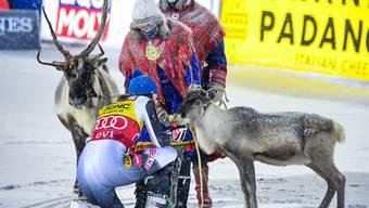 Zwei Rentiere für Petra Vlhova: Die Slowakin ergattert sich in Lappland beide Siegertrophäen
