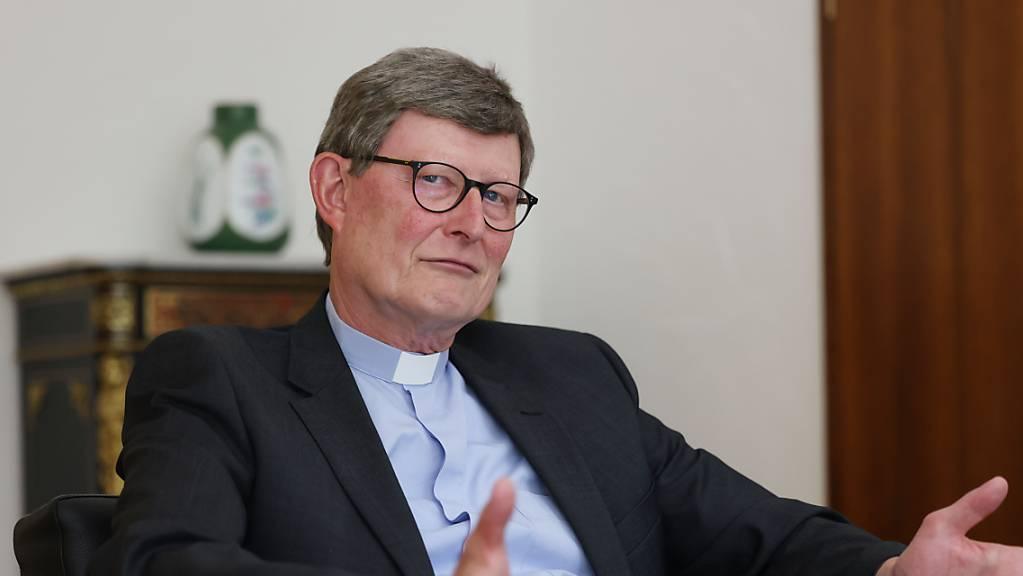 Kardinal Rainer Maria Woelki, Erzbischof von Köln, spricht während eines Interviews im Erzbischöflichen Haus.
