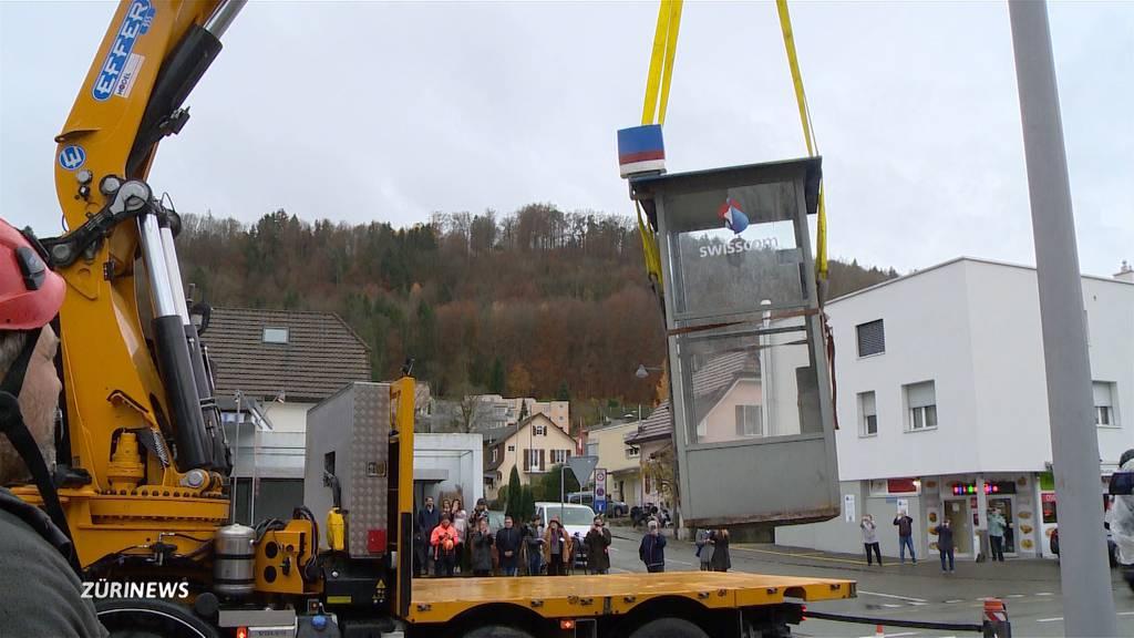 Letzte Swisscom-Telefonkabine der Schweiz abgebaut