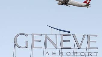 Obwohl mehr Flugzeuge in Genf starten und landen, soll der Lärm langfristig abnehmen. (Archivbild)