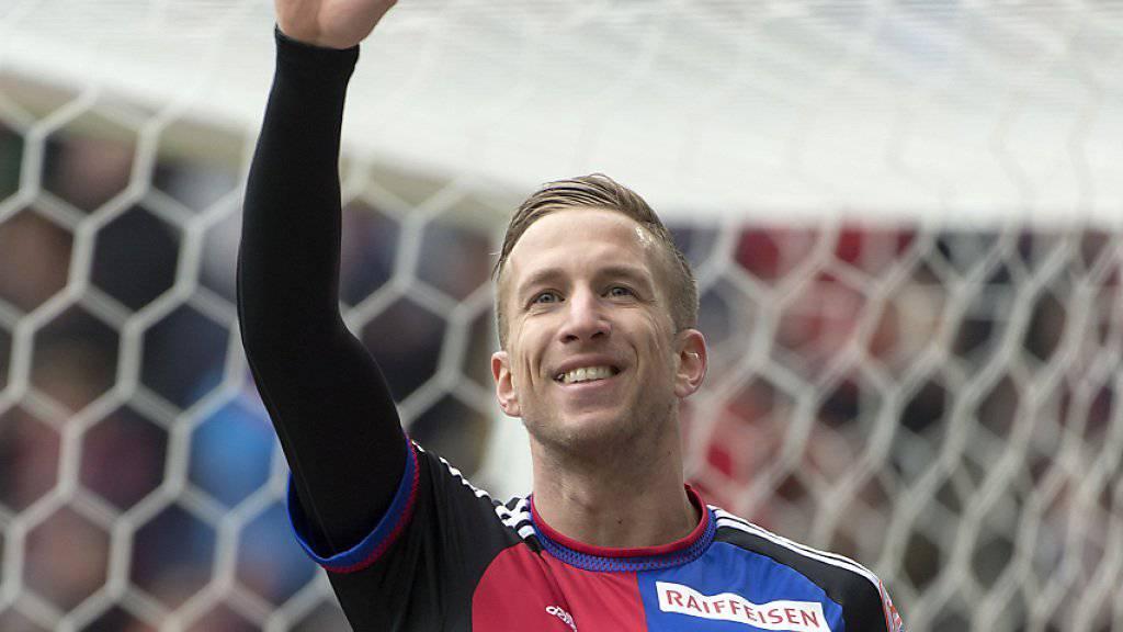 Der Österreicher Marc Janko schiesst den FC Basel mit drei Toren gegen den FC St. Gallen praktisch im Alleingang zum Sieg