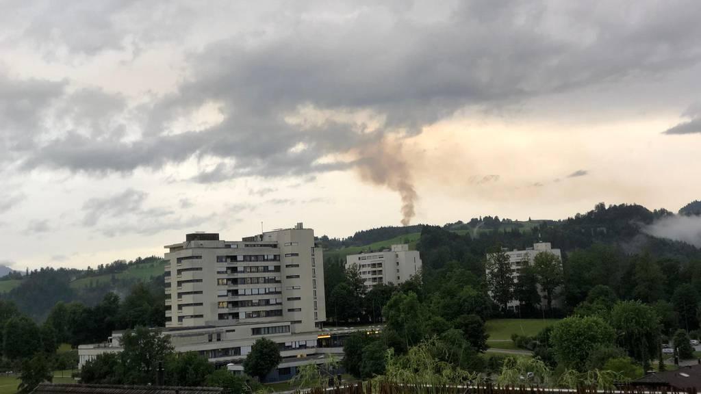Sägerei auf Steinhuserberg steht in Brand
