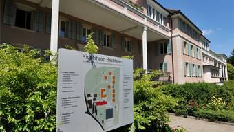 Das Kinderheim Bachtelen entwickelte sich aus der St.Josephsanstalt. 1891 wurde sie von Pfarrer Otto Widmer gegründet, um «verwarlosten, armen Kindern» zu helfen.