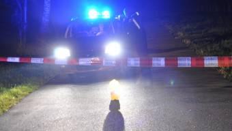 Polizeiaufgebot nach Schuss in Bündner Nachtclub (Symbolbild)