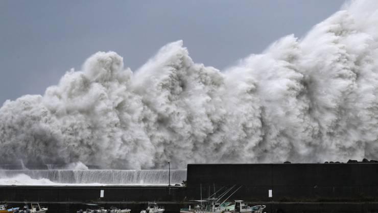 Im Grossraum Tokio hat am Montagmorgen ein Taifun für starke Beeinträchtigungen im Verkehr geführt. (Symbolbild)