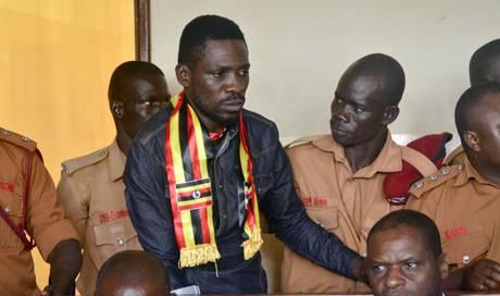 Ugandischer Oppositionspolitiker Bobi Wine zur Behandlung USA