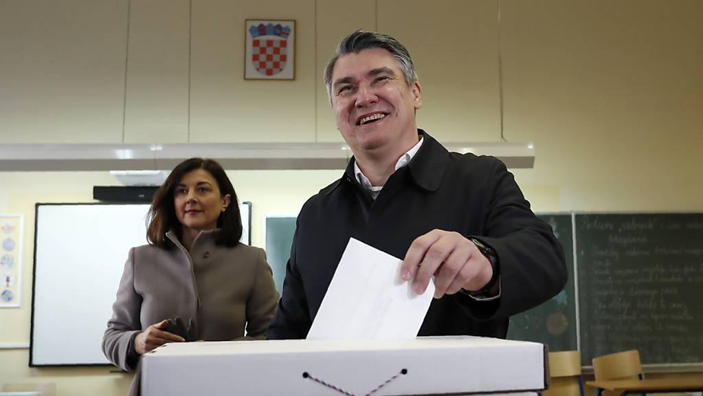 Laut einer Prognose hat der Sozialdemokrat Zoran Milanovic die Präsidentenwahl in Kroatien gewonnen.