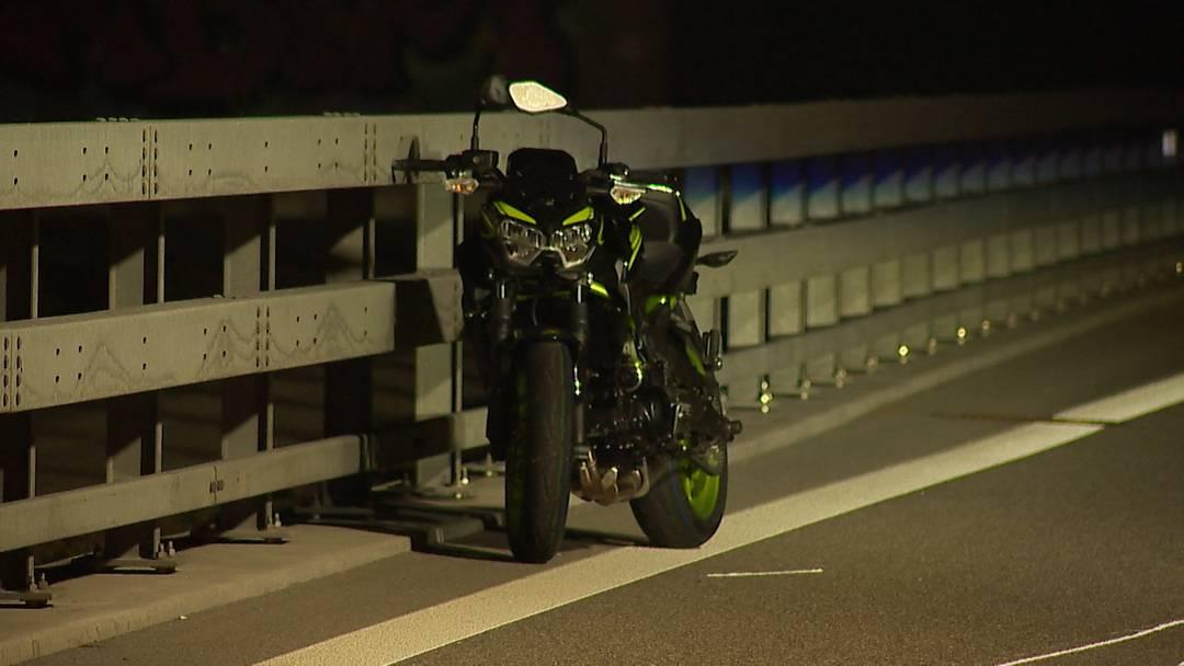 Bülach (ZH): Lernfahrer stirbt nach Unfall mit Töff