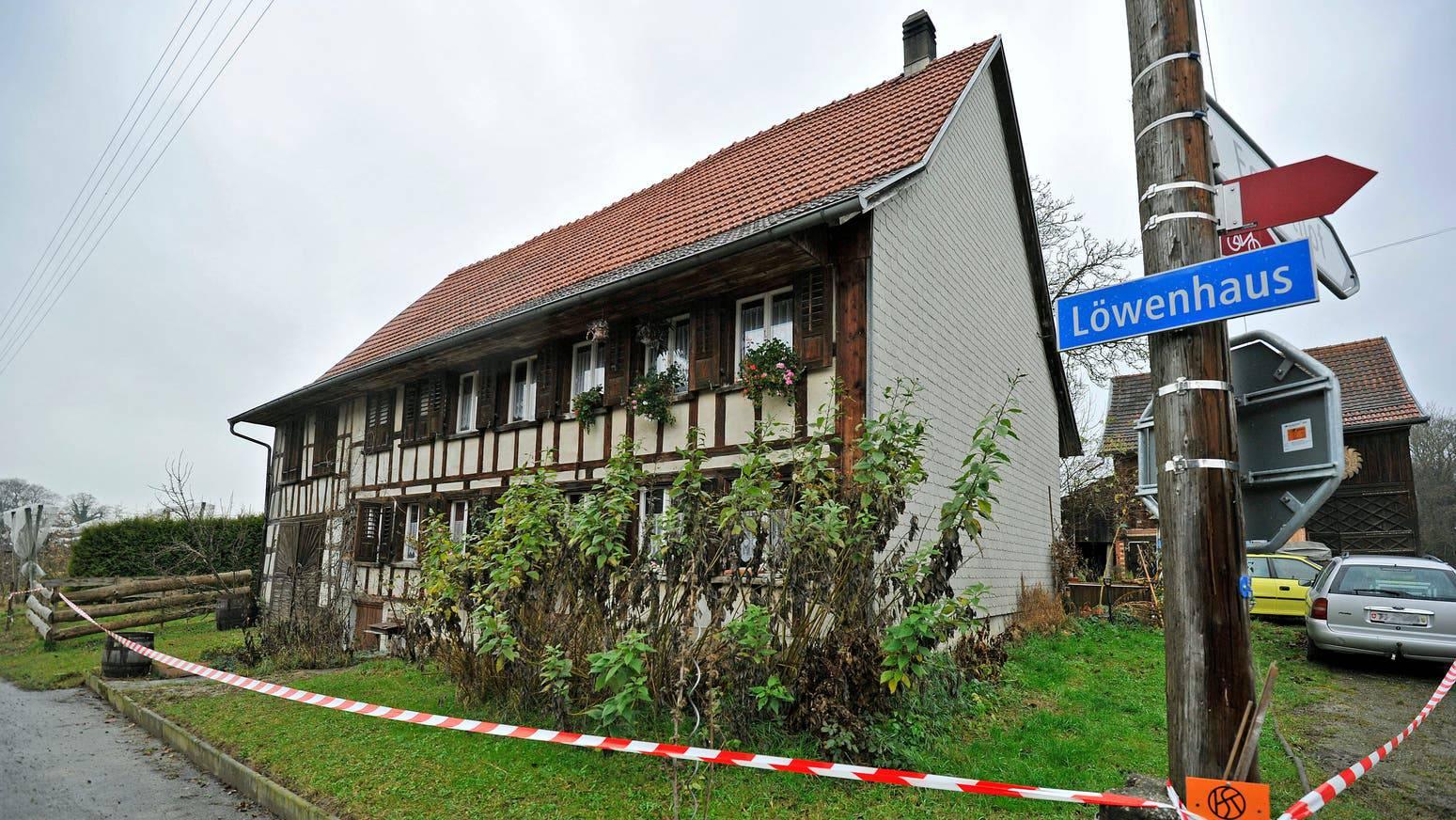 In diesem Haus in Kümmertshausen wurde im November 2010 eine Leiche entdeckt.
