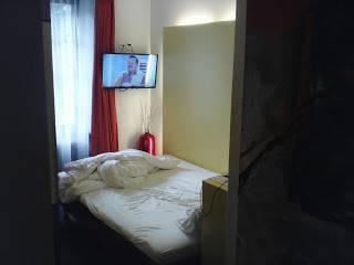 Sozialhiilfeempfänger fotografierten ihr Hotelzimmer in Teufenthal und veröffentlichten es in ihrem Blog.