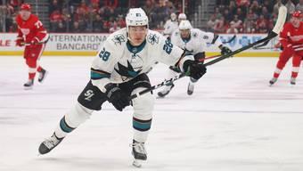 Der NHL-Flügelstürmer Timo Meier beendete die Saison 2019/2020 als Topskorer von San Jose. Journalisten haben ihn zum besten Spieler der Kalifornier gewählt.