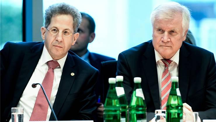 Hans-Georg Maassen (links) und Innenminister Horst Seehofer: Noch steht die Union zum Geheimdienstchef.