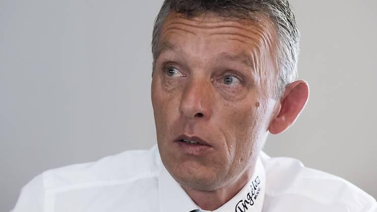 Michel Volet wird an der Generalversammlung als Präsident des HC Fribourg-Gottéron wiedergewählt