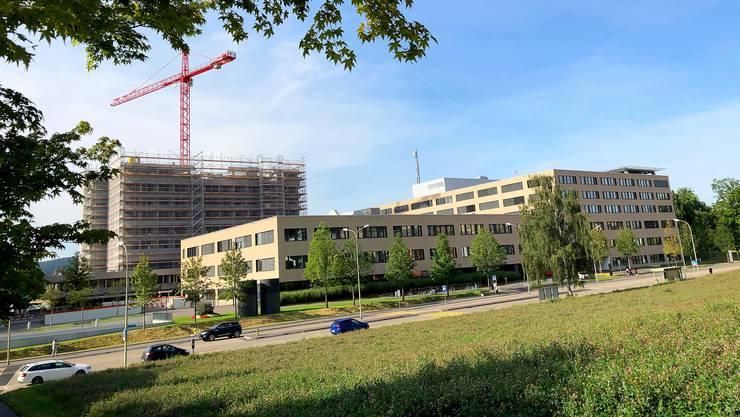Vom alten Spital Limmattal ist bald nichts mehr zu sehen.