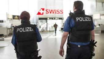 Kurz vor Abflug wurde die Aargauerin Sandra Piazza von der Flughafenpolizei verhaftet. (Symbolbild)