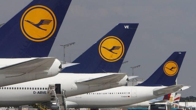 Flugzeuge der Lufthansa in Frankfurt (Archiv)