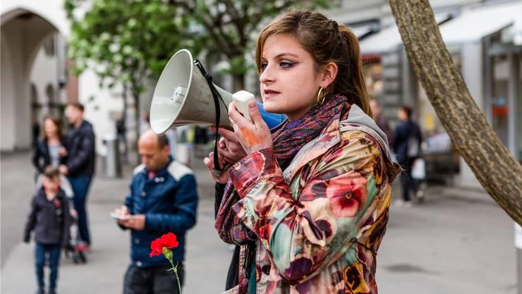 Einsatz für Gleichstellung: Mia Jenni skandierte am 1. Mai 2018 in Baden.
