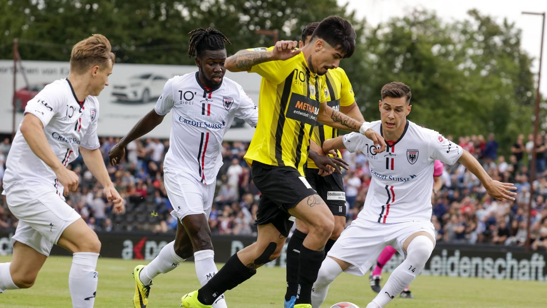 Zum Saisonauftakt spielte der FC Aarau im Brügglifeld gegen den FC Schaffhausen.