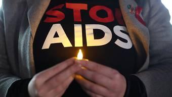ARCHIV - Im vergangenen Jahr haben sich nach Schätzungen 1,7 Millionen Menschen weltweit mit HIV angesteckt. Foto: Yui Mok/PA Wire/dpa