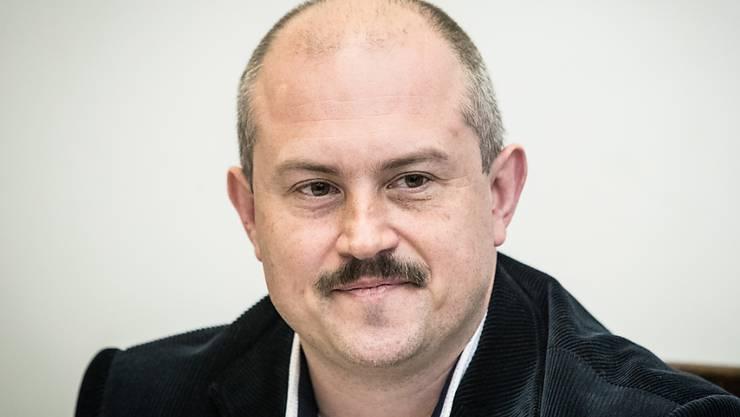 Der Rechtsextremist Marian Kotleba, Vorsitzender der slowakischen Volkspartei, ist vor Gericht zu einer langjährigen Haftstrafe verurteilt worden. (Archivbild)