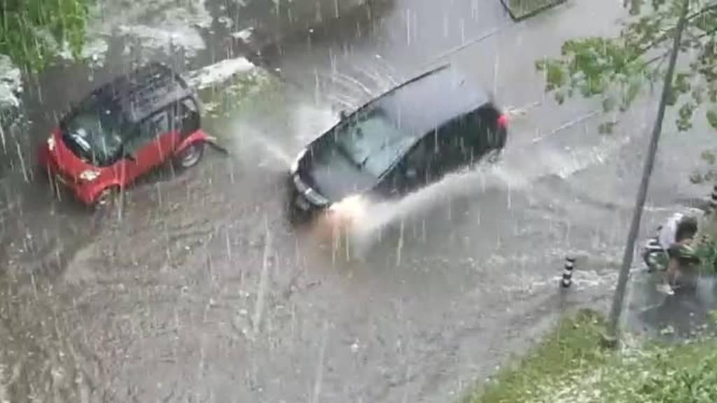 Gewitter sorgen für überschwemmte Strassen