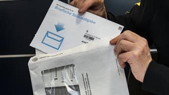 Die neuen Couverts der Brieflichen Stimmabgabe BS sind unlogisch.