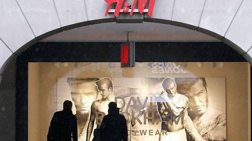 H&M will sich in der Schweiz weiter ausbreiten und neue Filialen eröffnen. (Archiv)